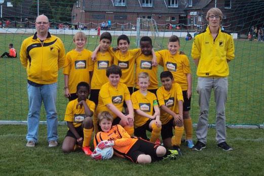 TuS E2-Jugend im Mai 2014. - (Foto: m.b.).