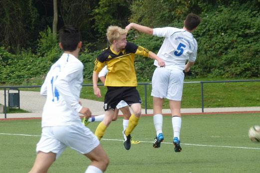 TuS B1-Jugend im Auswärtsspiel bei der SG Schönebeck. - Foto: mal.
