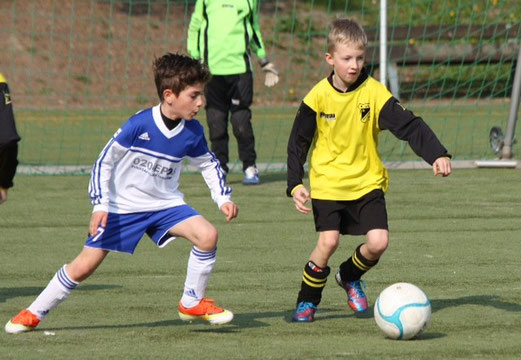 TuS F1-Jugend im Auswärtsspiel bei Adler Frintrop 2 (Foto: p.d.).