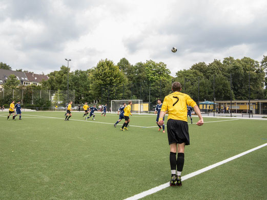 TuS 2. Mannschaft gegen Barisspor 84, Pelmanstraße, 01.09.2013.- Foto:r.f.