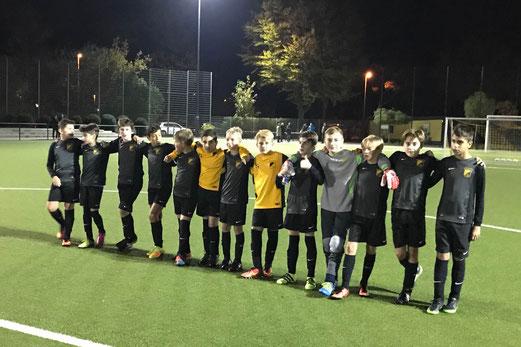 TuS D1-Jugend im Kreispokal-Achtelfinale gegen die SpVgg. Schonnebeck. - Fotos: pad.