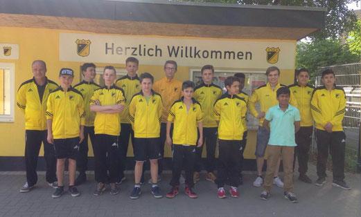 TuS C-Jugend vor der Abfahrt nach Sprockhövel. - Foto: p.a.