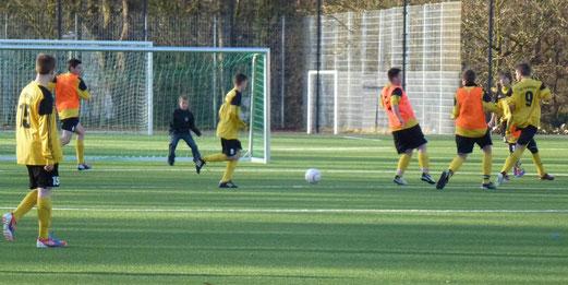 Trainingsspiel nach Absage der Gastmannschaft: C1 am Samstagmittag an der Pelmanstraße (Foto: mal).