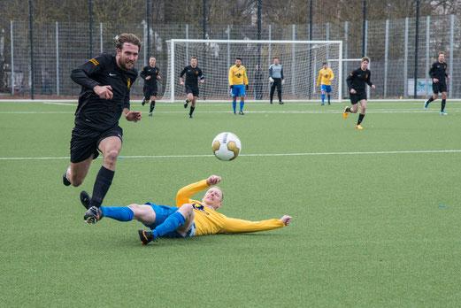 Thomas Hobucher, Schütze des 2:2 Ausgleichs: Erste im Spiel gegen den Spiel Club Oberhausen. (Foto r.f.).