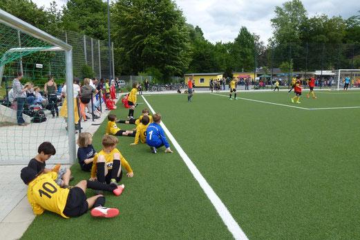 Andrang III: Zuschauer beim C-Jugendspiel am Samstagnachmittag (Foto: mal).