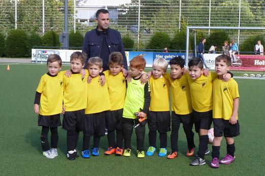Nach dem ersten Heimspiel der Saison am 16.09.2017 an der Pelmanstraße. - Foto: mal.