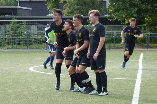 TuS Zweite Mannschaft im Auswärtsspiel bei Barisspor 84. - Fotos: mal.