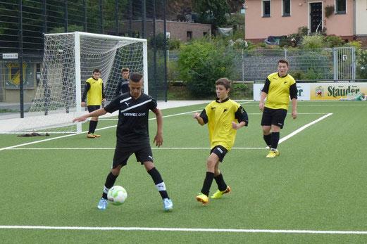 TuS C-Jugend im Spiel gegen SG Altenessen an der Pelmanstraße (Foto: mal).