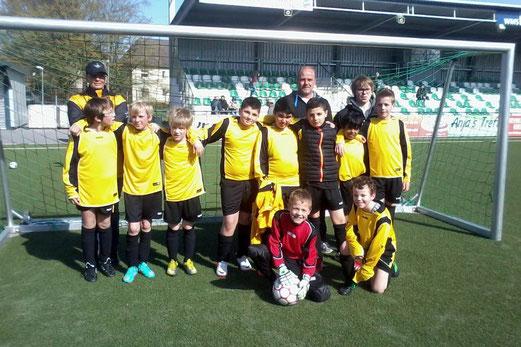 TuS E1-Jugend im April 2013 (Foto: p.a.).
