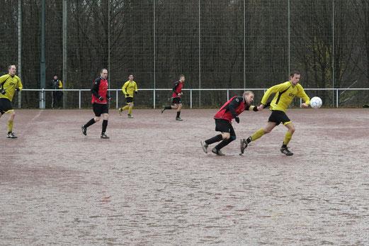 """""""Auf Asche"""": Zweite beim Auswärtssieg in Frintrop (Foto: r.f.)."""