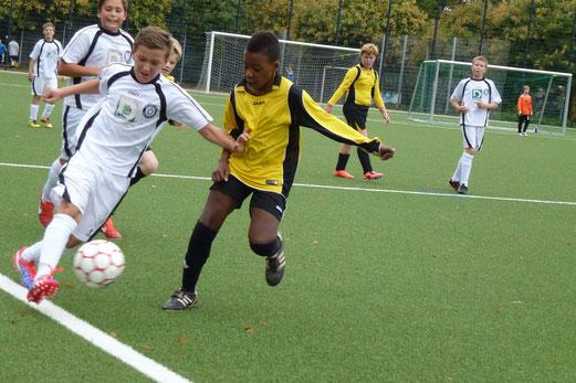 D2-Jugend im Spiel gegen die D1 von Union Frintrop an der Pelmanstraße (Foto: mal).