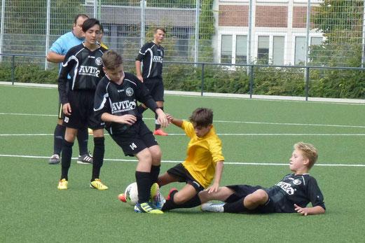 TuS C-Jugend im Heimspiel gegen den FC Stoppenberg. - Foto: mal.