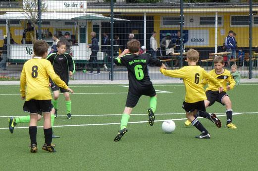 E1-Jgd. Turnier Finale: Phönix Bochum - SuS Haarzopf (Foto: mal).