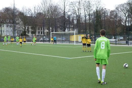 Vor dem 0:1: TuS B-Jugend im Heimspiel gegen Adler Frintrop. - (Foto: mal).