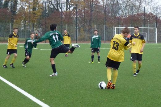 TuS B-Jugend beim 3:2 Heimerfolg gegen den FC Stoppenberg. - (Foto: mal).