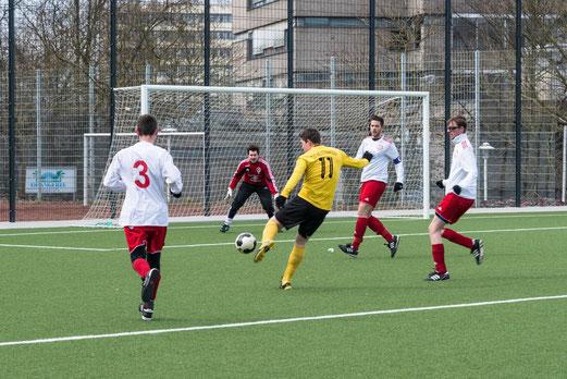 Doppeltorschütze Patrick Gudden im Spiel der zweiten Mannschaft gegen TuSEM 3. (Foto: r.f.)