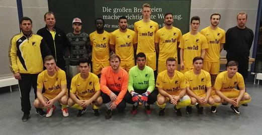Erste Mannschaft bei der Hallenmeisterschaft. - Foto: hallenfussball-essen.com