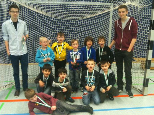 Drei Siege in vier Spielen: Bambini 1 in der Sporthalle Bergeborbeck. (Foto: Max Klink).