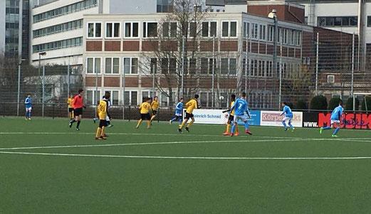 TuS C2 beim 6:1 gegen den Heisinger SV2
