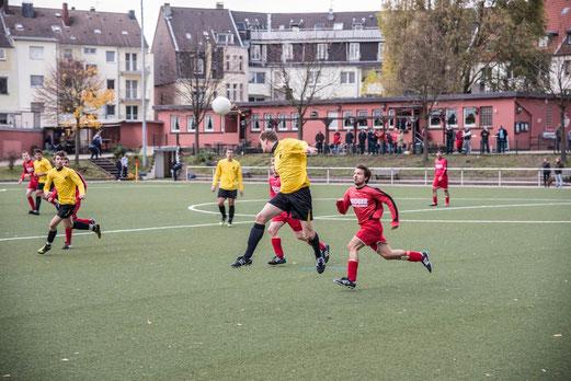 Zweite Mannschaft im Auswärtsspiel bei TuS Essen-West 81 2. - (Foto: r.f.).