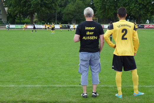 Trainer und Captain: TuS B-Jugend in Soest. - Foto: mal.