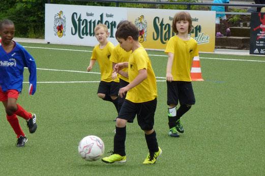 Bambini 2 Treff: TuS Holsterhausen - DJK Eintracht Borbeck (Foto: mal).