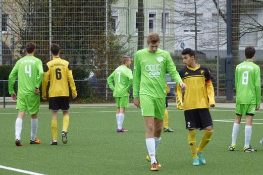 Schwer zu verteidigen: TuS B-Jugend im Spiel gegen den Tabellenzweiten Adler Frintrop. - (Foto: mal).