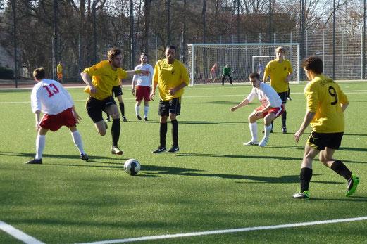 Zweite Mannschaft im Heimspiel gegen TuSEM 2. - (Foto: mal).