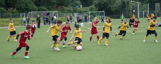 TuS F1-Jugend im Spiel gegen TuSEM (3:0). - (Foto: r.f.).