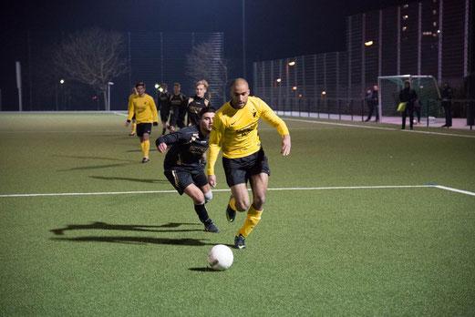 Erste Mannschaft im Spiel gegen Adler Osterfeld (Foto: r.f.).
