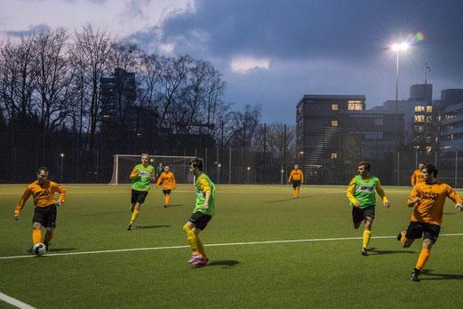 Zweite Mannschaft im Nachholspiel gegen Ballfreunde Bergeborbeck 2. (Foto: r.f.).