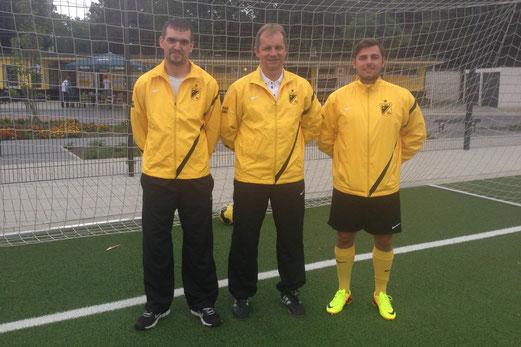 V.l.n.r.: Mario Begett (Obmann), Christian Rolnik (Trainer), Mike Weinert (Co-Trainer) - Foto: uwei.