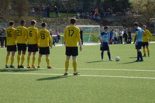Niederlage gegen einen der Aufstiegsanwärter: TuS 1. Mannschaft gegen SpVgg. Sterkrade-Nord (Foto: mal).