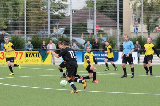 TuS C-Jugend im Spiel gegen SG Altenessen (Foto: abo).