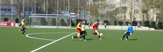 Ungenutzte Chance des Gegners in Halbzeit eins: C-Jugend gegen Ballfreunde Bergeborbeck. - (Foto: mal).