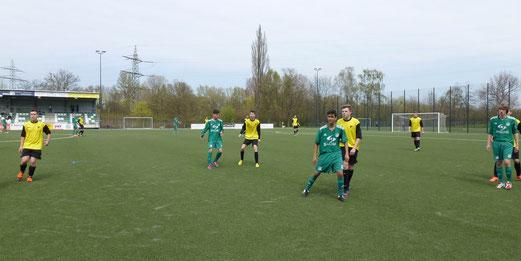 TuS B-Jugend im Spiel der Leistungsklasse bei der SpVgg. Schonnebeck (Foto: mal).