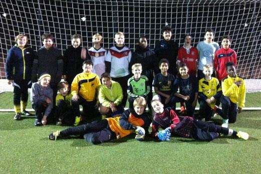 TuS D2-Jugend, erstes gemeinsames Training im November 2014. - Foto: p.a.