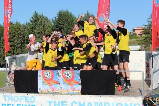 TuS A-Jugend 2013/14: Zweiter beim U19-Turnier der Trofeo Delfino in Rimini, Juni 2014. - (Foto: abo).