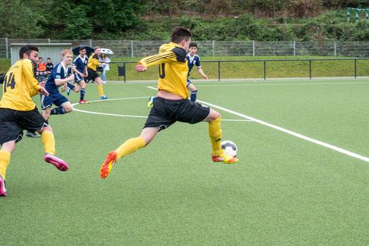 TuS B-Jugend im Heimspiel gegen SG Altenessen. - (Foto: r.f.).