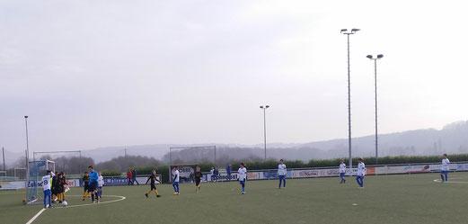 TuS D2-Jugend im Auswärtsspiel bei der D2 von Blau-Weiß Mintard. - Foto: m.d.