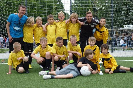 TuS D1-Jugend, noch als E1-Jugend im Juni 2013 (Foto: mal).