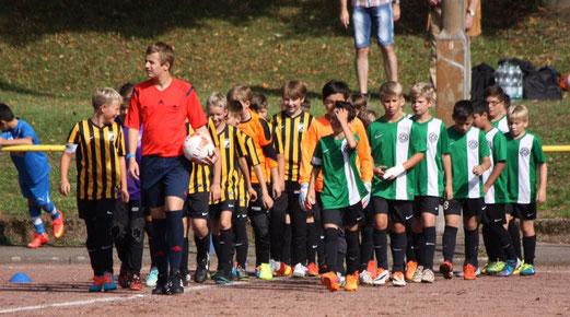TuS D2-Jugend beim Turnier von ESG 99/06 an der Hubertusburg. - Fotos: p.d.