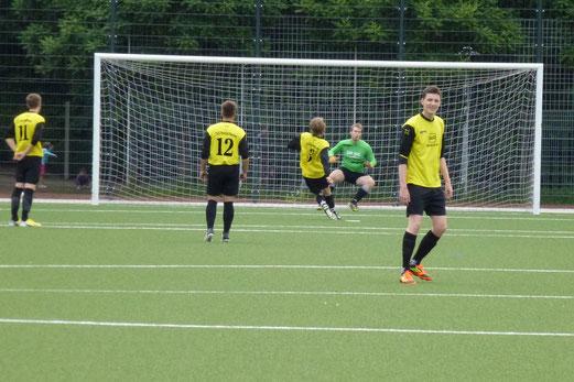Elfmetertor für die TuS A-Jugend im Spiel gegen Sportfreunde 07 (Foto: mal).