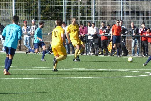 Erste Mannschaft gegen TuS 84/10 (2:0), Pelmanstraße, 08.03.2015. - Foto: mal.