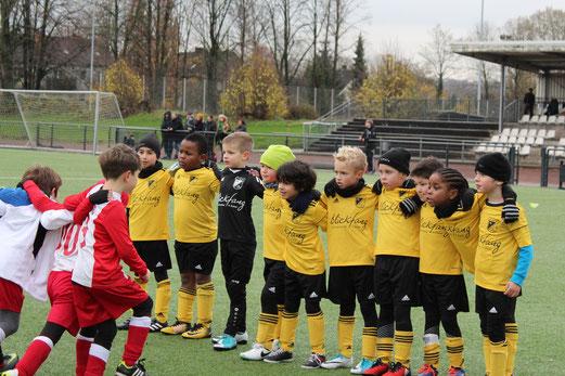TuS F3-Jugend im Spiel bei der F3 des ESC Rellinghausen 06. - Fotos: taki.