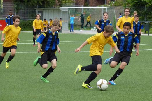 """Auftakt der TTT 2014 am Freitag: """"Neue"""" C-Jugend im Spiel gegen Schwarz-Blau Gladbeck. - (Foto: mal)."""