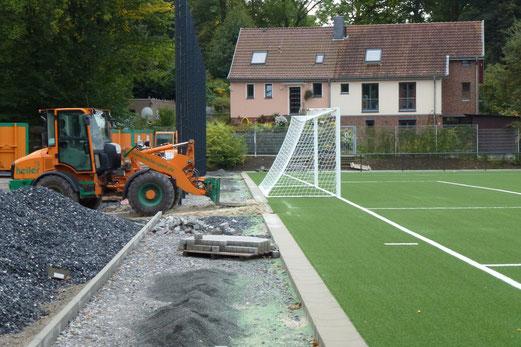 28.09.2012: ... grünem Granulat ... (Foto: mal).