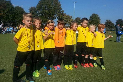 Erfolgreicher Feiertag in Oberhausen: TuS Bambini 1 blieb in fünf Spielen viermal siegreich. - Foto: r.a.
