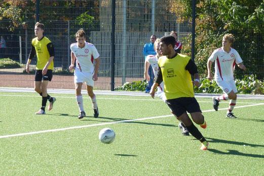 TuS A-Jugend im Spiel gegen den TuSEM (Foto: mal).