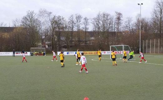 TuS D-Jugend zu Gast bei RWE - (Bild mz)